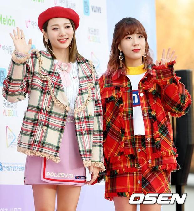 Hơn 80 sao Hàn đổ bộ thảm đỏ Gaon 2019: Tzuyu xuất sắc, nữ thần lai và mỹ nhân TWICE gây chú ý vì vòng 1 đốt mắt - Ảnh 36.