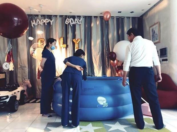 Nữ minh tinh Kim Sam Soon gây chú ý khi công khai cảnh đẻ con dưới nước ngay tại nhà - Ảnh 2.