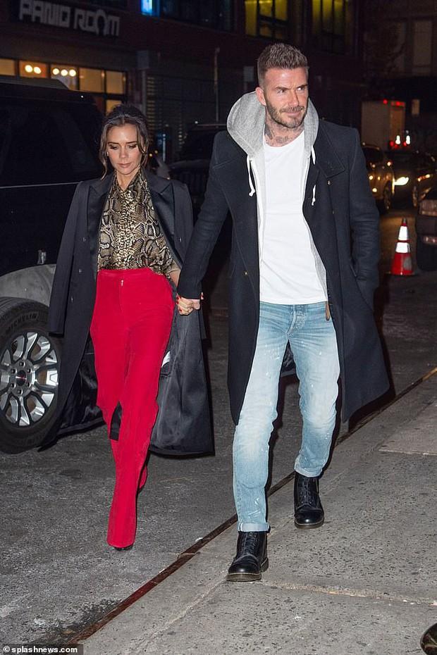 Vợ chồng Beckham xuất hiện sang chảnh ngút ngàn trên phố, không hổ danh cặp đôi đẳng cấp nhất thế giới! - Ảnh 5.