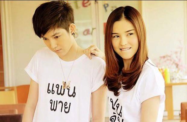 Nhiệt tình trồng bách hợp khi xem 5 chuyện tình yêu giữa các cô gái trên phim Thái sau đây - Ảnh 4.