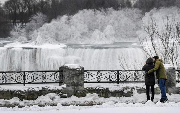 Chùm ảnh: Thác Niagara hóa xứ sở băng giá - Ảnh 12.