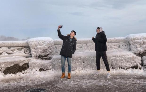 Chùm ảnh: Thác Niagara hóa xứ sở băng giá - Ảnh 10.