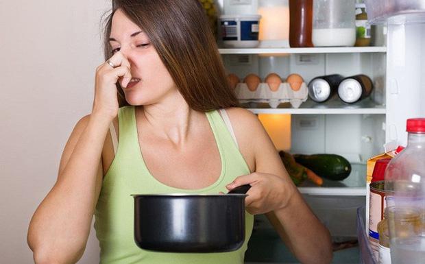 Sửa ngay những thói xấu khiến bạn dễ mắc bệnh ung thư vòm họng, cái số 3 giới trẻ mắc phải rất nhiều - Ảnh 1.