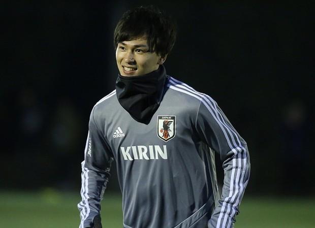 Danh tính trai đẹp đội Nhật Bản khiến fan girl buộc phải thốt lên: Dù là đối thủ nhưng đẹp vẫn phải ngắm! - Ảnh 9.
