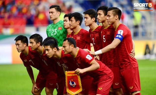 Việt Nam 0-1 Nhật Bản: Nhận bàn thua vì công nghệ VAR, Việt Nam dừng bước tại tứ kết Asian Cup 2019 - Ảnh 3.