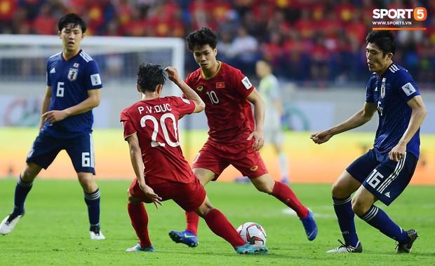 Việt Nam 0-1 Nhật Bản: Nhận bàn thua vì công nghệ VAR, Việt Nam dừng bước tại tứ kết Asian Cup 2019 - Ảnh 2.