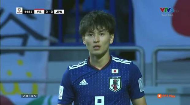 Danh tính trai đẹp đội Nhật Bản khiến fan girl buộc phải thốt lên: Dù là đối thủ nhưng đẹp vẫn phải ngắm! - Ảnh 2.
