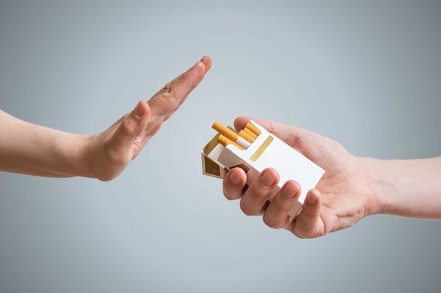 Sửa ngay những thói xấu khiến bạn dễ mắc bệnh ung thư vòm họng, cái số 3 giới trẻ mắc phải rất nhiều - Ảnh 5.