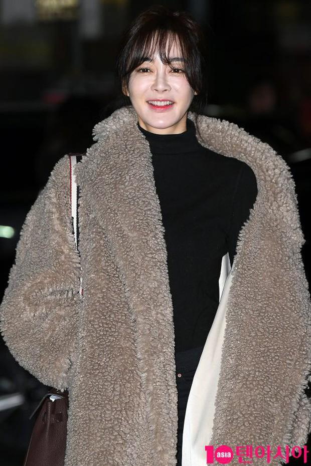Tiệc mừng công Encounter: Song Hye Kyo để mặt mộc, tài tử Hàn trẻ khó tin mặc dù hơn Park Bo Gum 12 tuổi - Ảnh 14.