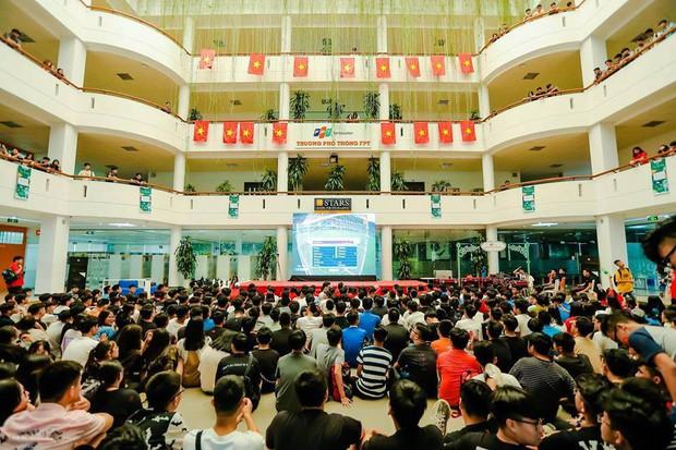 Tinh thần bóng đá lên cao, học sinh gói hẳn bánh chưng phong cách đội tuyển Việt Nam để cổ vũ trận đấu tối nay - Ảnh 8.