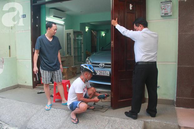 Chung cư bị nghiêng 45cm giữa trung tâm Sài Gòn, hàng trăm người dân khốn khổ chuyển nhà ngày cận Tết - Ảnh 8.