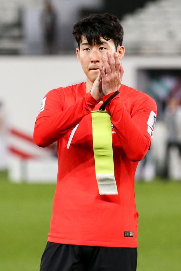 Tuyển thủ Hàn Quốc buồn bã, CĐV suy sụp sau thất bại ở tứ kết Asian Cup 2019 - Ảnh 6.