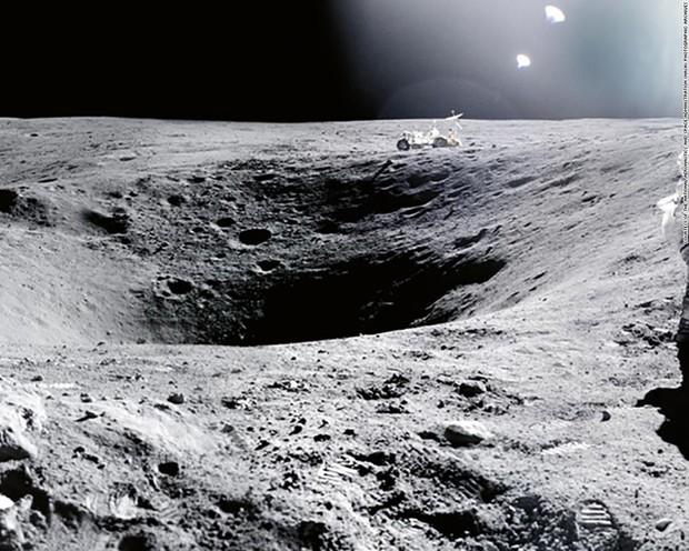 Cuộc phiêu lưu từ Trái Đất đến Mặt Trăng và trở về của hòn đá cổ nhất thế giới - Ảnh 3.