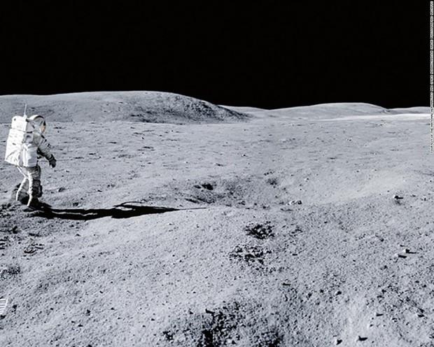 Cuộc phiêu lưu từ Trái Đất đến Mặt Trăng và trở về của hòn đá cổ nhất thế giới - Ảnh 4.