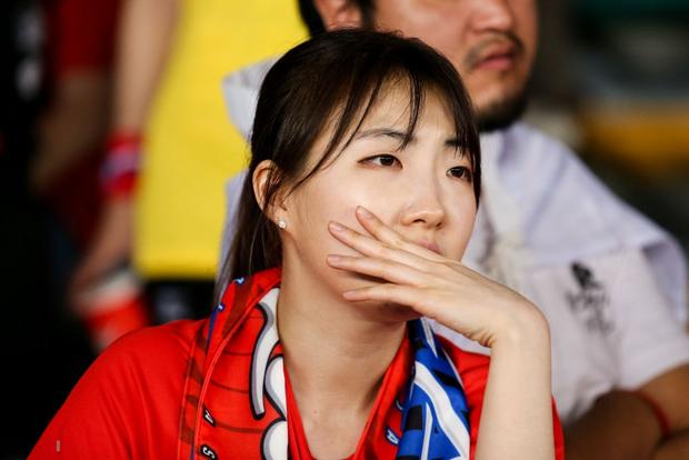 Tuyển thủ Hàn Quốc buồn bã, CĐV suy sụp sau thất bại ở tứ kết Asian Cup 2019 - Ảnh 9.
