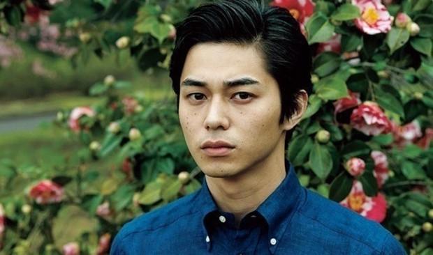 Tài tử Nhật visual đỉnh cao đến mức được netizen Hàn công nhận: Cao 1m8, bảnh khó cưỡng nhưng đã có 3 con - Ảnh 9.