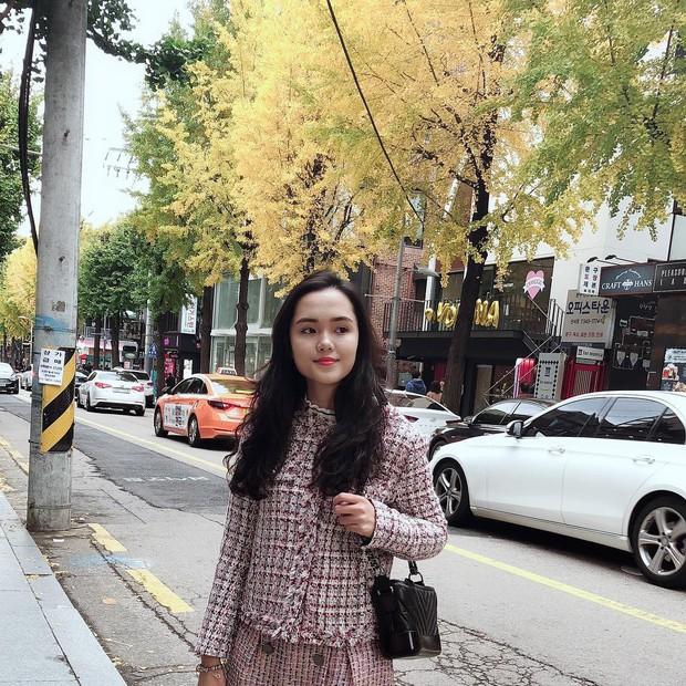 Dàn bạn gái cầu thủ Việt: Xinh đẹp, nổi tiếng nhưng chưa hết, họ còn có cuộc sống sang chảnh đáng ghen tỵ - Ảnh 5.