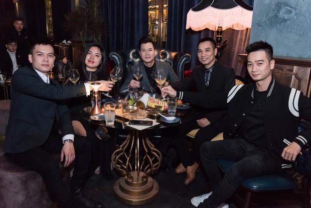 Hồ Ngọc Hà - Kim Lý cùng dàn sao Việt đến ủng hộ đêm nhạc riêng của nghệ sĩ violin Hoàng Rob - Ảnh 5.