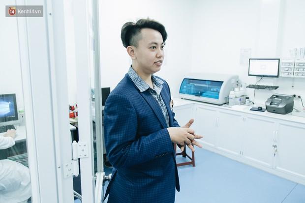 Gặp giám đốc trẻ sáng lập khoa tạo hình LGBT đầu tiên tại Hà Nội: Là người chuyển giới, mình hiểu được nỗi lo của cộng đồng khi đến bệnh viện - Ảnh 8.