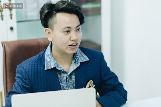 Gặp giám đốc trẻ sáng lập khoa tạo hình LGBT đầu tiên tại Hà Nội: Là người chuyển giới, mình hiểu được nỗi lo của cộng đồng khi đến bệnh viện - Ảnh 1.