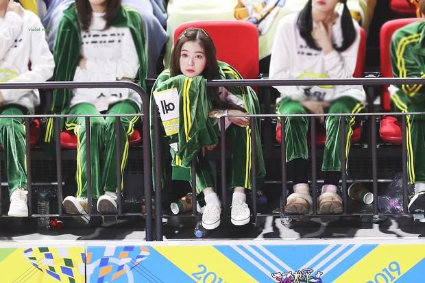 Dàn mỹ nhân Kpop chuyên đội lốt em út: Toàn thánh hack tuổi, Taeyeon và trưởng nhóm Apink là tường thành - Ảnh 14.