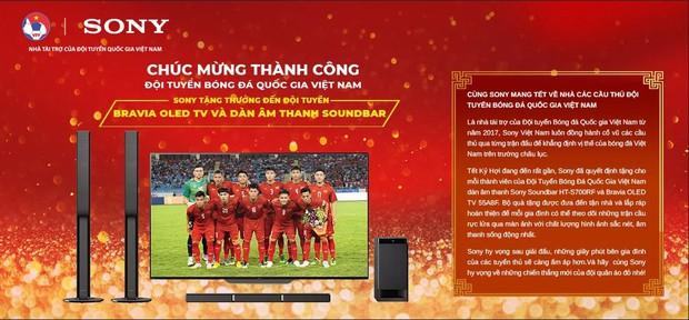 Sau Asian Cup 2019, Văn Lâm là cầu thủ duy nhất phải đón Tết nơi đất khách - Ảnh 4.