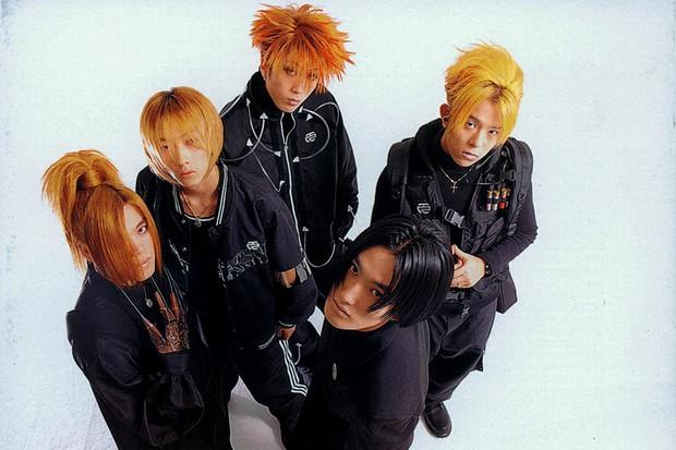 Nam Idol của nhóm nhạc huyền thoại tăng cân chóng mặt vì bị rủ đi nhậu... 5 ngày 1 tuần - Ảnh 2.
