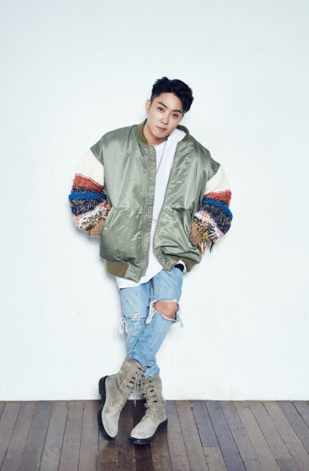 Nam Idol của nhóm nhạc huyền thoại tăng cân chóng mặt vì bị rủ đi nhậu... 5 ngày 1 tuần - Ảnh 4.