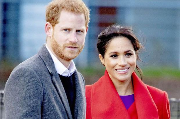 Meghan bị chỉ trích vì đã khiến Hoàng tử Harry thay đổi tính cách theo chiều hướng tồi tệ hơn - Ảnh 1.