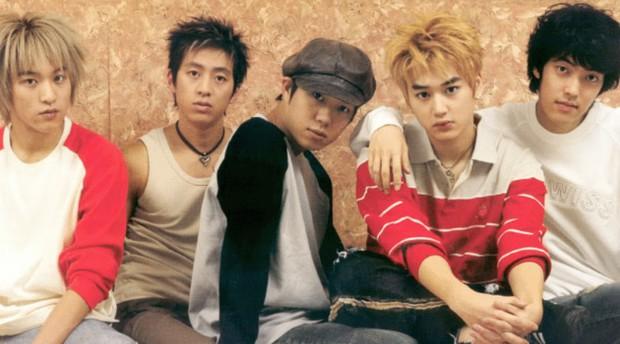 4 tin đồn đồng tính gây sốc nhất lịch sử Kbiz: Yuri và Son Ye Jin yêu tay ba, idol nam cắm sừng nhau - Ảnh 5.