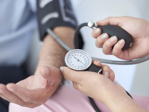 Dấu hiệu cảnh báo vấn đề sức khỏe liên quan tới tuyến giáp - Ảnh 4.