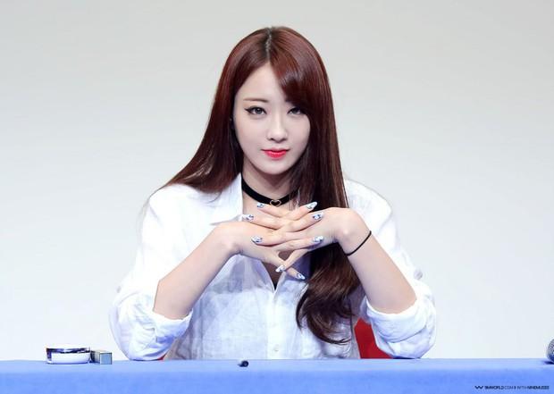 BXH mẫu nữ Hàn hot nhất: Nữ thần Irene vẫn trụ lại top 2, nhưng mỹ nhân giữ ngôi vương và số thứ 3 mới gây bất ngờ - Ảnh 6.