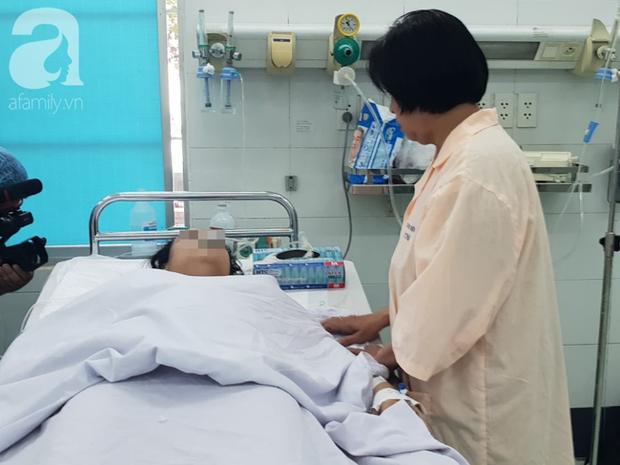 Vụ người phụ nữ nguy kịch khi cắt u hậu môn tại phòng khám tư: Bác sĩ Trung Quốc mổ, phòng khám phủ nhận - Ảnh 8.
