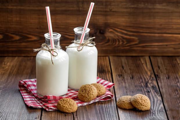 Đang bị tiêu chảy nên tránh ăn những loại thực phẩm này để không làm tình trạng bệnh thêm tồi tệ - Ảnh 1.