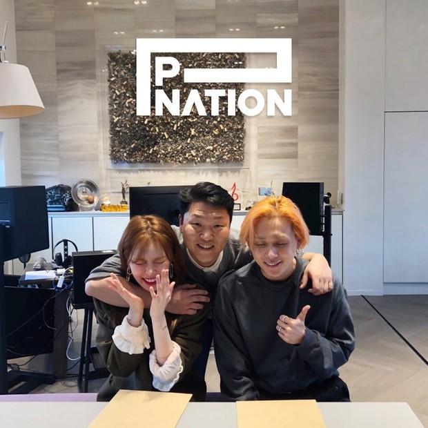 Phép cộng HyunA, E'Dawn và PSY: Có gì đáng để mong chờ? - Ảnh 1.