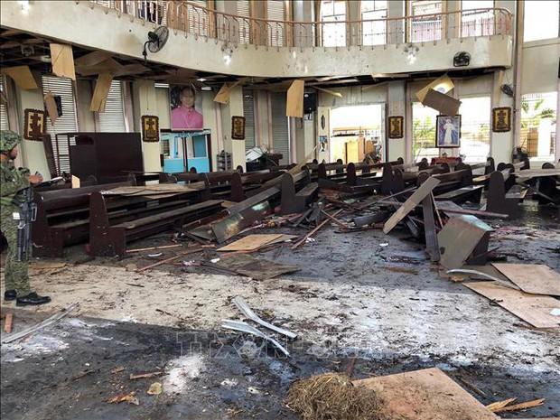 Hai phần tử IS kích hoạt đai bom liều chết tại nhà thờ Philippines  - Ảnh 1.