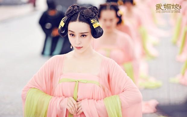 Phim cung đấu bị cấm phát sóng, người vui nhất hẳn là những vị hoàng đế Trung Hoa sau - Ảnh 5.