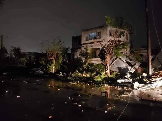 Lốc xoáy mạnh ở thủ đô La Habana, Cuba: 3 người chết, 172 người bị thương - Ảnh 4.