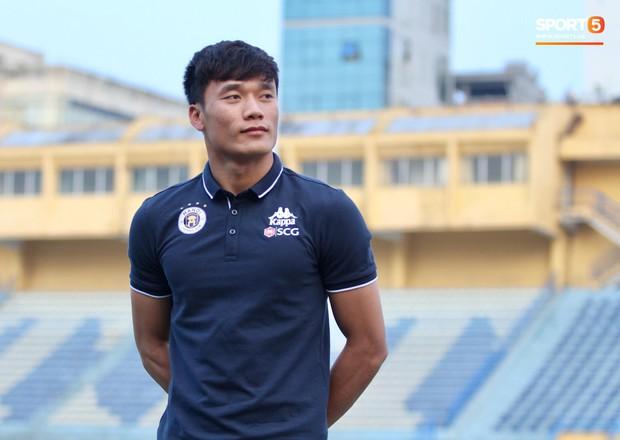 Hai lý do khiến Bùi Tiến Dũng chỉ ký hợp đồng 1 năm với Hà Nội FC - Ảnh 2.