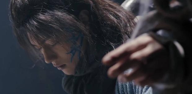 Chiêu Dao mở màn tào lao, đáng đánh đòn nhất là cái sẹo kẽm gai trên mặt Hứa Khải! - Ảnh 11.