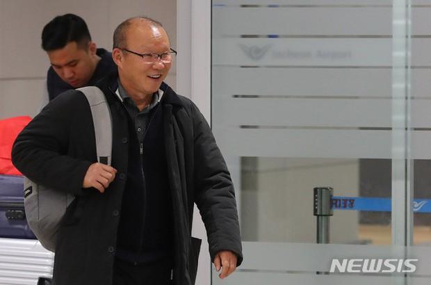 Thầy Park trả lời báo Hàn Quốc: Thành tích của Việt Nam tại Asian Cup thật khó tin - Ảnh 1.