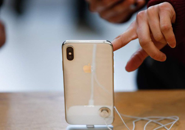 Cứ 3 người dùng iPhone thì có 1 người không nâng cấp iPhone mới vì giá bán và tính năng - Ảnh 1.