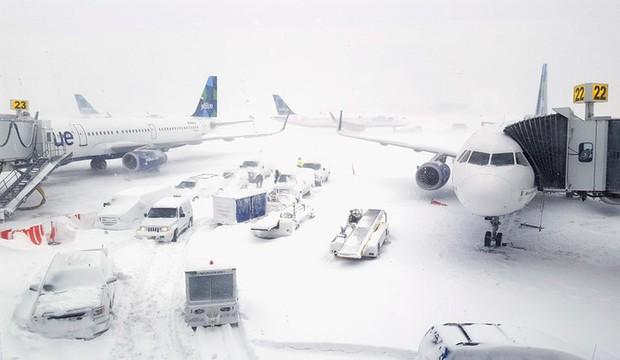 Hơn 100 chuyến bay bị hủy vì lo bão tuyết tràn vào bang Georgia, Mỹ - Ảnh 1.