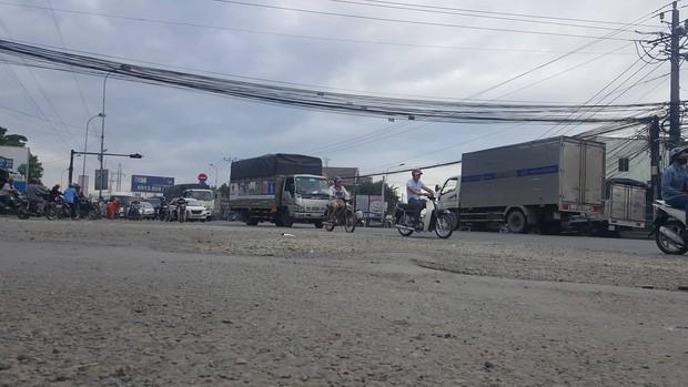 Người dân sống gần hiện trường vụ container gây tai nạn thảm khốc ở Long An: Con đường đã xuống cấp, liên tục xảy ra tai nạn - Ảnh 3.