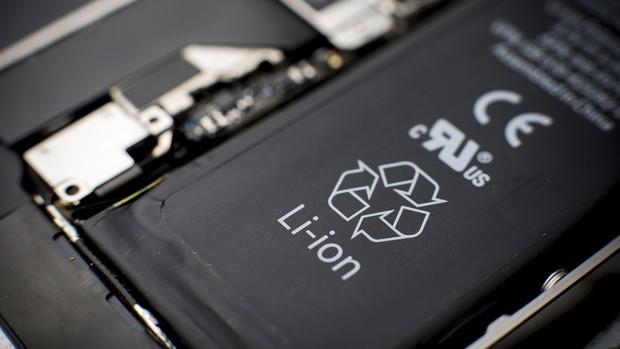 Sai lầm ai cũng mắc khi mua smartphone mới: Chỉ dám sạc sau khi dùng hết sạch pin sẵn có ban đầu - Ảnh 3.
