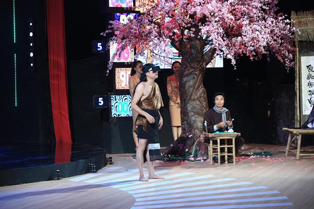 HHen Niê hé lộ cách đối phó khi không hiểu tiếng Anh tại Hoa hậu Hoàn vũ Thế giới - Ảnh 7.