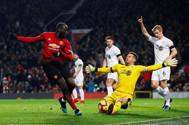 MU ghi 2 bàn trong 5 phút cuối trận, giật lại 1 điểm kịch tính từ tay Burnley - Ảnh 4.