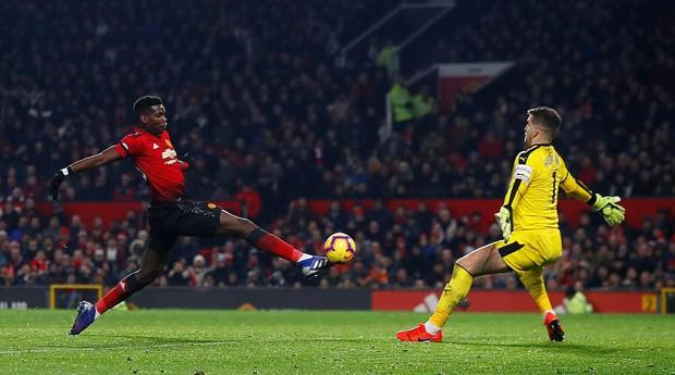 MU ghi 2 bàn trong 5 phút cuối trận, giật lại 1 điểm kịch tính từ tay Burnley - Ảnh 5.