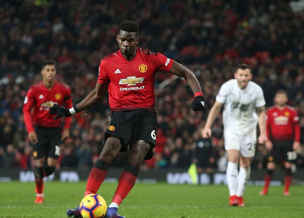 MU ghi 2 bàn trong 5 phút cuối trận, giật lại 1 điểm kịch tính từ tay Burnley - Ảnh 8.