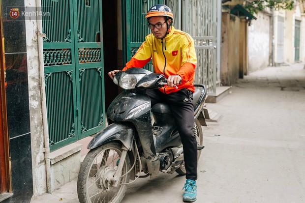 Anh shipper với 1.300 đơn hàng giao bằng một tay ở Hà Nội: Hôm nay mệt có thể ngủ một giấc, mai cố gắng tiếp! - Ảnh 9.